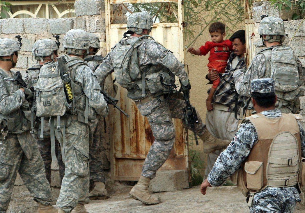 波頓之於「伊拉克戰爭」的主戰派經歷,一直是他政壇與公眾影響力的最大汙點,但在新出...