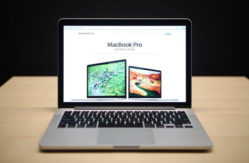 搭載Retina顯示螢幕的13吋Macbook Pro。 法新社