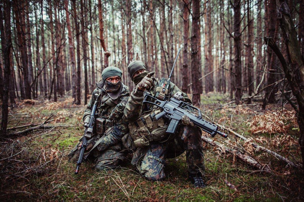 德國聯邦國防軍近年因各種負面消息打擊,士氣已頗為挫敗。如今又傳出德軍精銳的特種部...