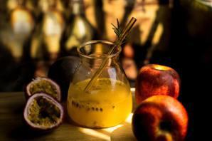 吃當季/達人教你做4種美味的「百香果汁特調」 讓你潤腸益脾又消暑!