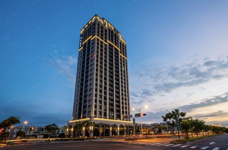 依據台南市府採訪通知內容,搶振興券加碼「抽房子」的地點,就是這棟在台南市善化區陽光大道新完工的住宅大樓建案。取自網路