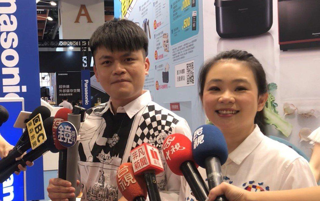 蔡阿嘎和二伯今分享兒子的慶生計畫。記者李姿瑩/攝影