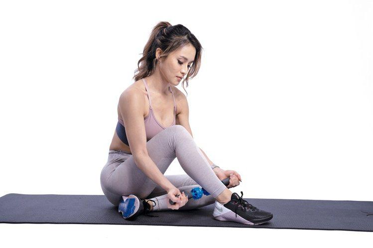 按摩,也會對放鬆拉長肌肉很有幫助。圖/采實文化提供