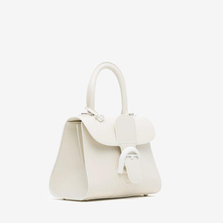 卡莉克勞斯選用款Brillant象牙白小型牛皮肩背包,16萬8,100元。圖/D...