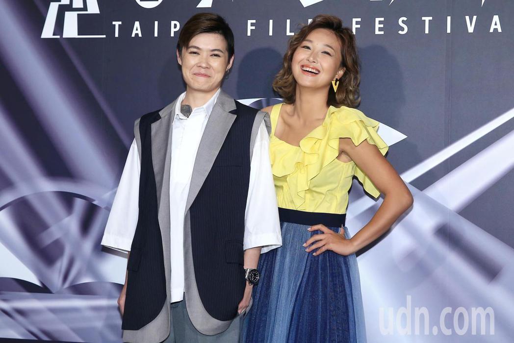 《迷走廣州》昨天世界首映,演員葉寶雯(左)、張雅玲(右)出席活動。記者林伯東/攝