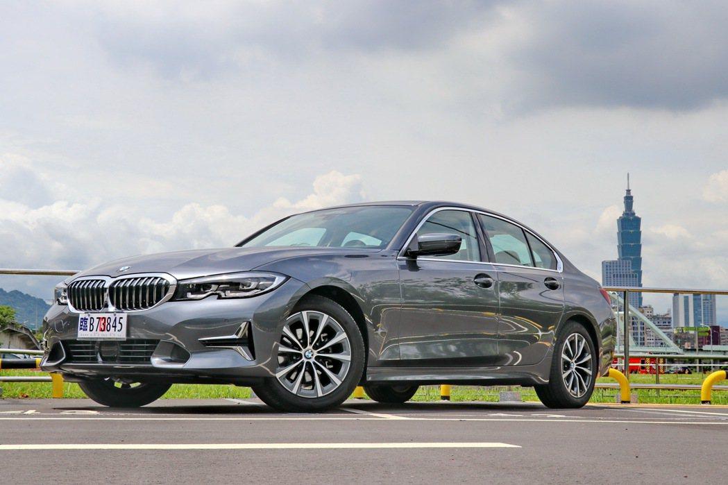 BMW 318i Luxury將肩負車系入門車款及主力販售角色。 記者陳威任/攝...