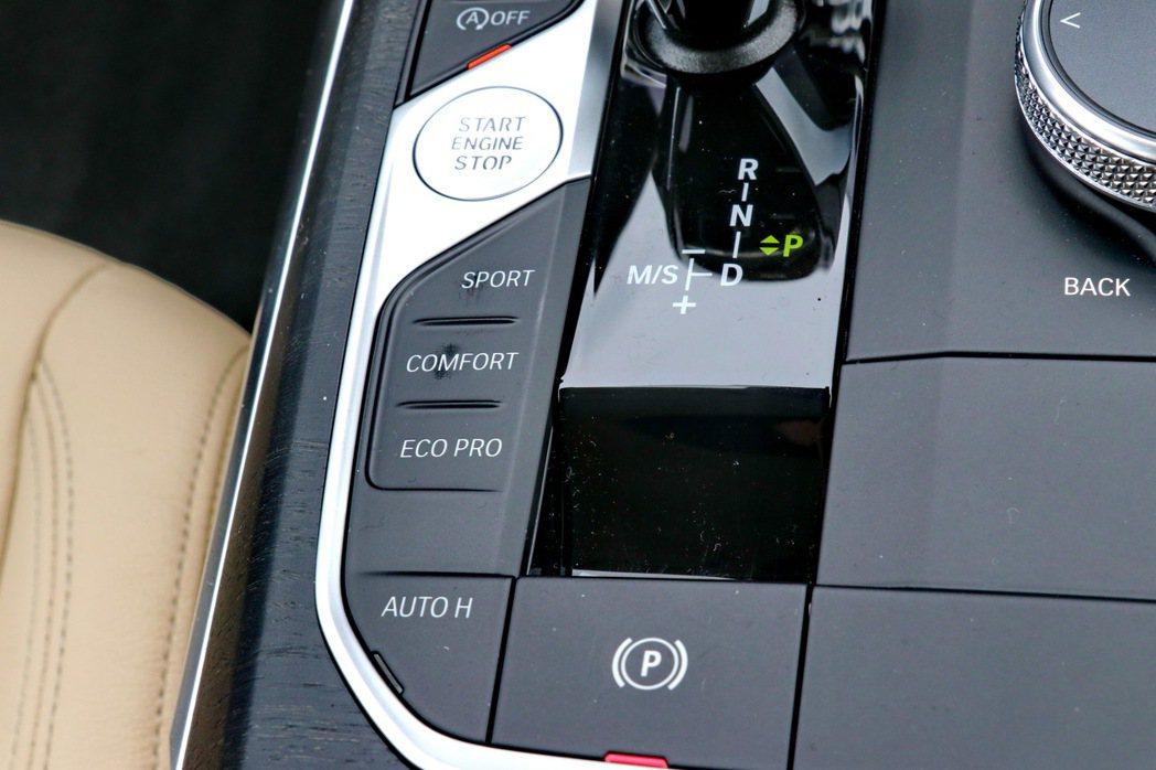 搭配動態行車模式切換功能。 記者陳威任/攝影