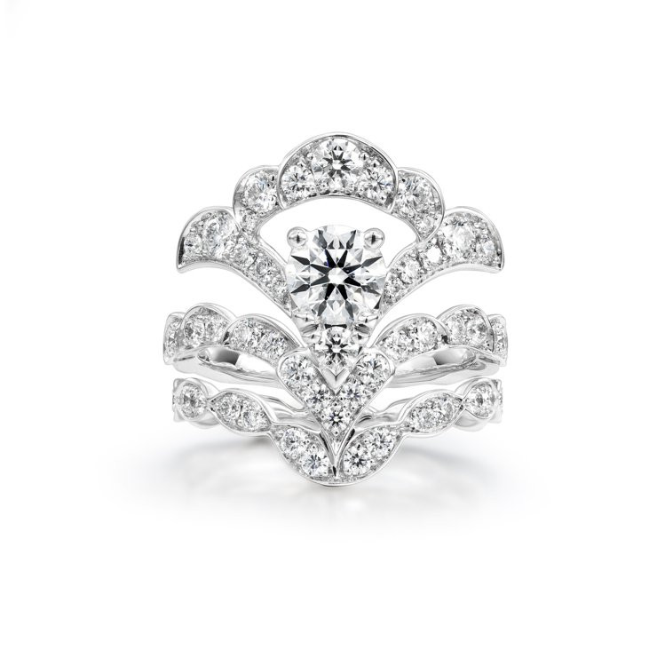 LORELEI REVERIE白K金鑽石戒指,鑽石總重約2.5克拉,約59萬元起...