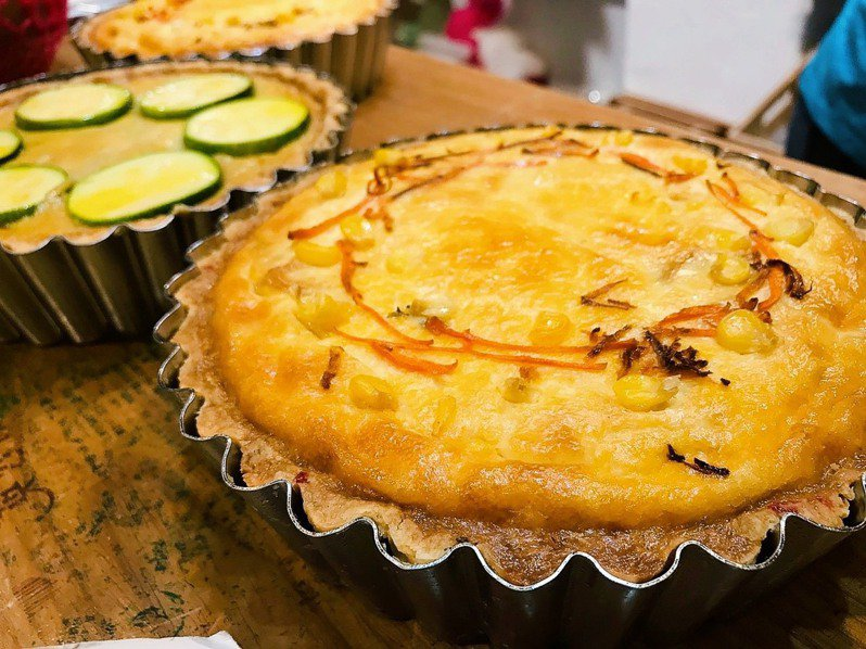「呷米」利用友善小農生產食材所做的鹹派。圖/新北市農業局提供