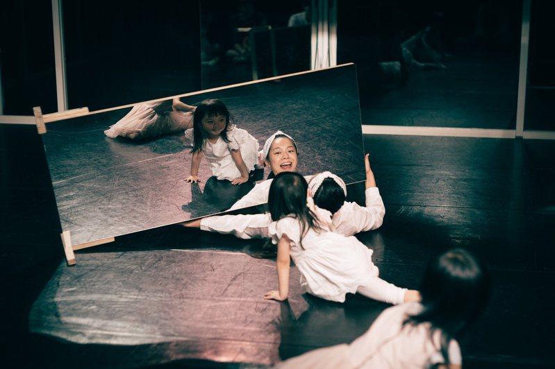 人尹合作社推出的「寶寶劇場」,針對3歲以下觀眾。圖/人尹合作社提供