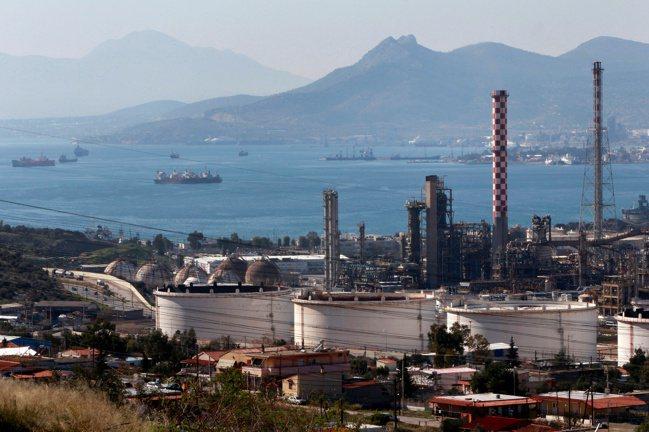 新冠肺炎疫情不僅導致石油需求崩跌,全球煉油業也因而被迫停工,甚至永久關閉。 路透...