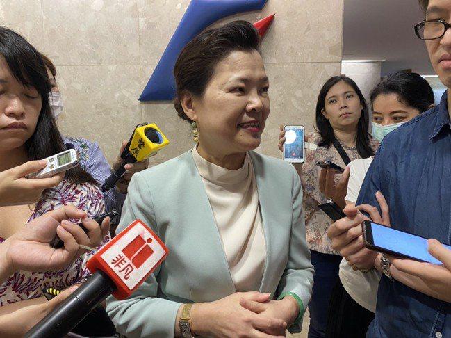 經濟部長王美花今(6)日指出,紙本三倍券比想像中還要受歡迎。 記者林于蘅/攝影