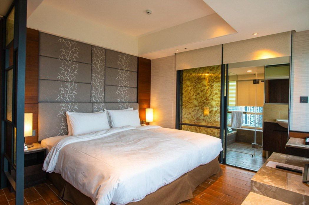 2020台北國際夏季旅展優惠最低每張3,600元,平日即可入住礁溪麒麟雅緻客房。...