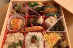 日本車站便當一個快300元真的好吃嗎? 網一面倒:光飯就贏了