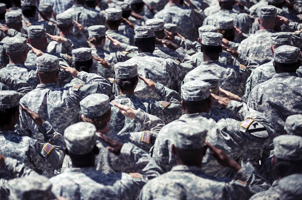 關於女性官兵的軍中權益與平等問題,在各國都遭遇了相當大的考驗與檢視。圖為胡德堡基...