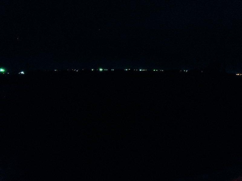 魚塭上的夜
