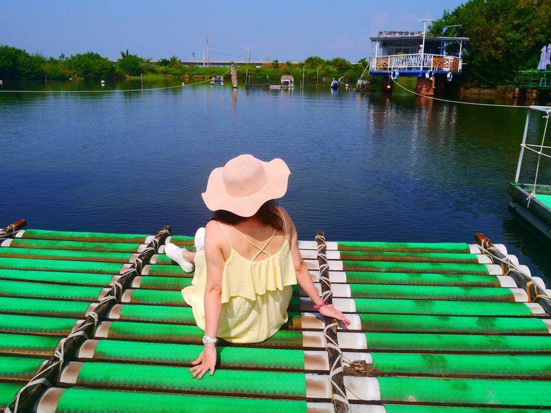 拉竹筏體驗
