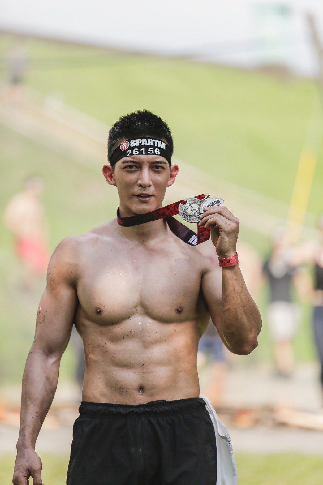 王家梁為「Spartan Race」斯巴達障礙跑競賽擔任年度推廣大使。圖/寬寬整...
