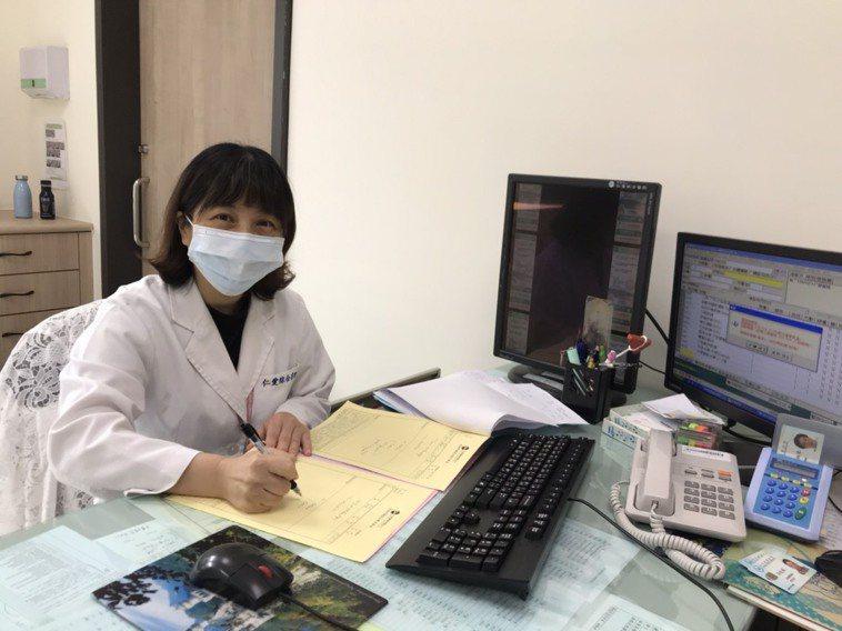 台中市大里仁愛醫院復健科醫師陳巧萍指出,藉由專業職能、物理或語言治療師團隊的引導...