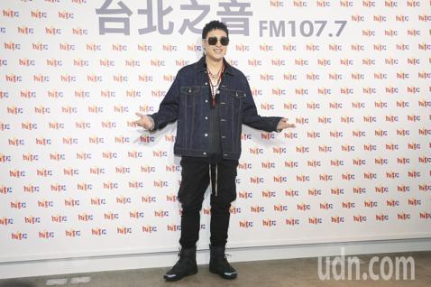 潘瑋柏到Hit Fm電台擔任8月份hito大台柱,並宣傳新專輯《Mr.R&Beats節奏先生》。