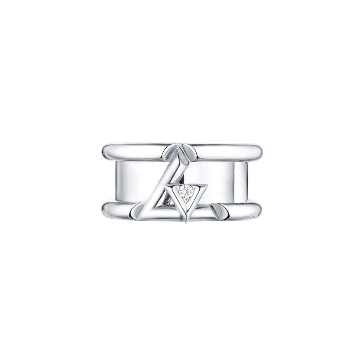 路易威登LV VOLT系列One18K白金鑲鑽戒指,15萬2,000元。圖/路易...