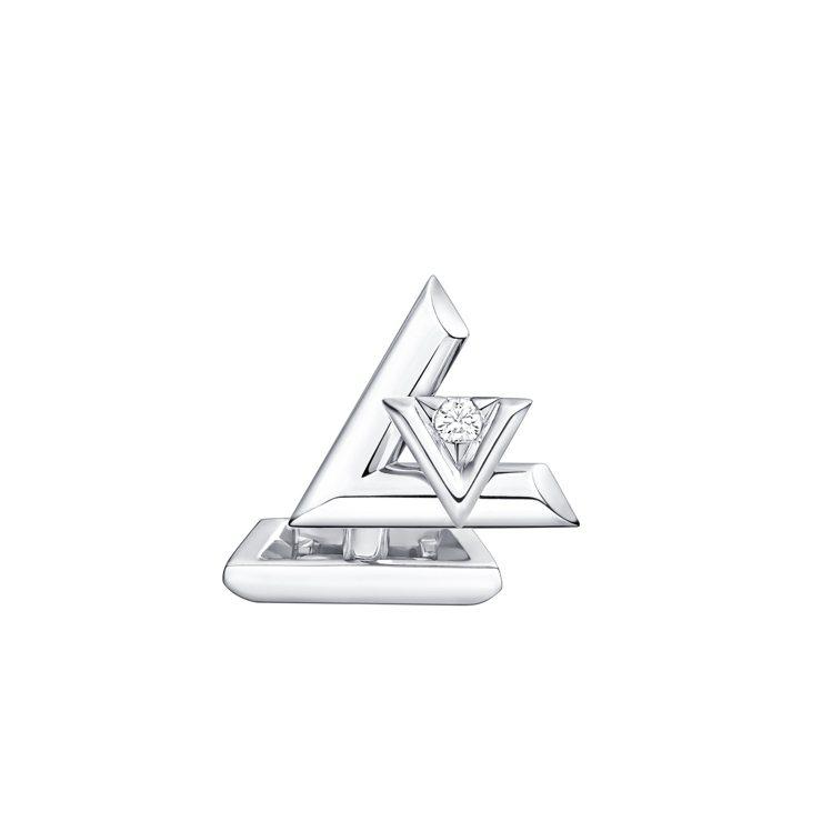 路易威登LV VOLT系列One 18K白金鑲鑽袖扣,22萬8,000元。圖/路...
