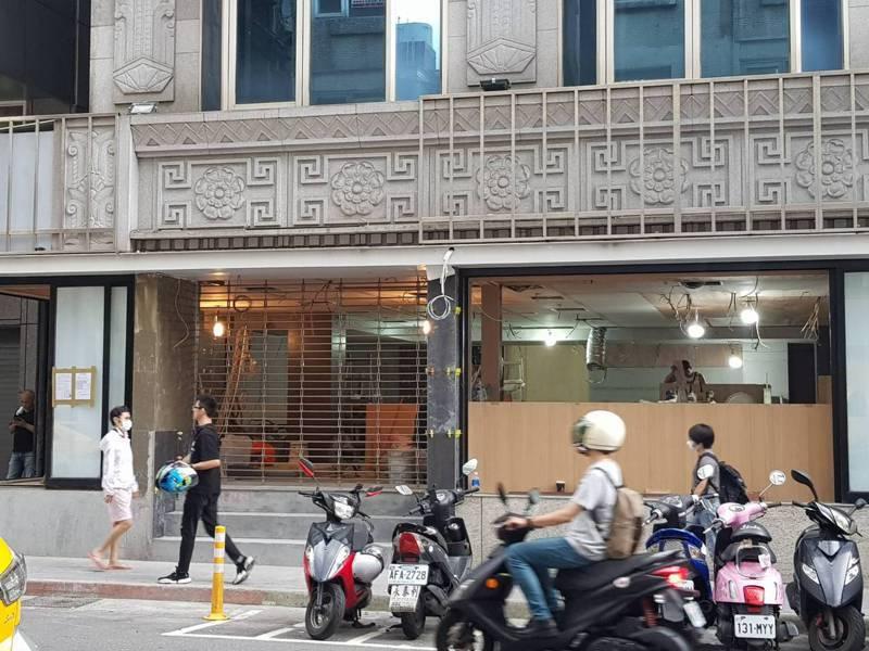 美登利台灣首間門市,目前已經進入施工狀態。記者陳睿中/攝影