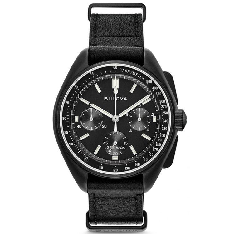 BULOVA 登月限量復刻款98A186,不鏽鋼錶殼搭配真皮錶帶,NT$...