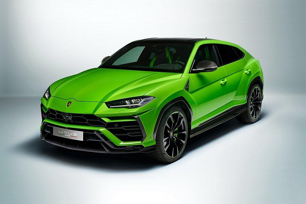 Lamborghini Urus可被視作一部誕生於技術尖端的頂級之作。在具有多元...