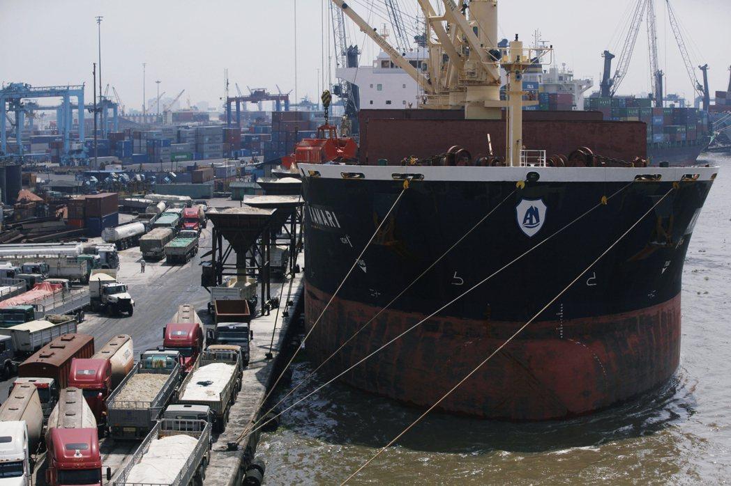 圖為奈及利亞港口。 圖/美聯社