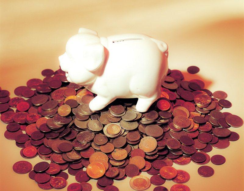 勞工保險其中「職業災害保險」保費一般上班族的職業災害保險保費是百分之百由雇主負擔。 (圖/Pixabay)