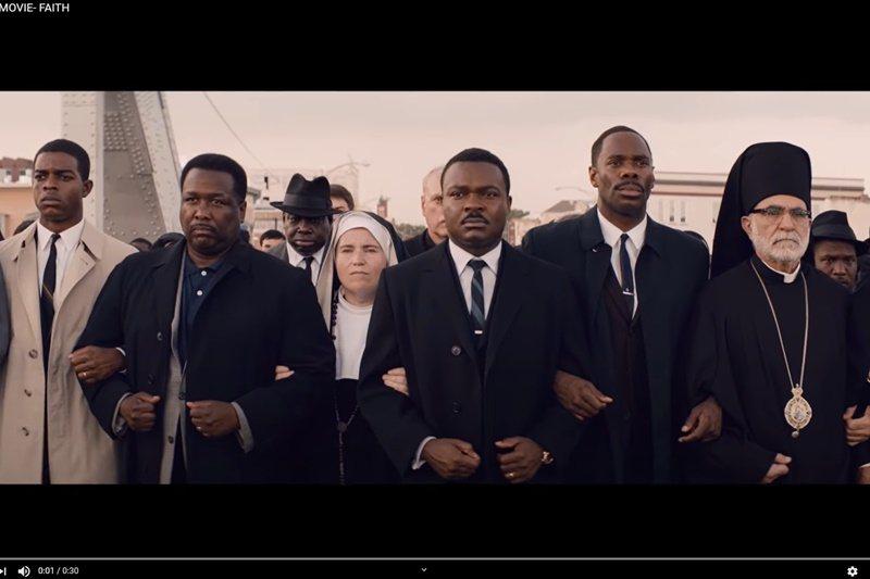 《逐夢大道》清楚刻畫當時黑人的艱難處境,但回頭看看佛洛伊德的遭遇,似乎這份艱難,至今並未消解多少。