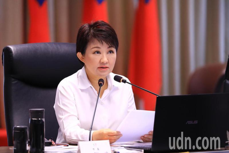 台中市長盧秀燕指出,大解封後居家檢疫人數爆漲。記者陳秋雲/攝影