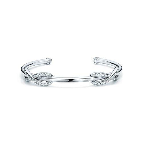 Tiffany Infinity 18K白金鑲鑽手環,20萬8,000元。圖/T...