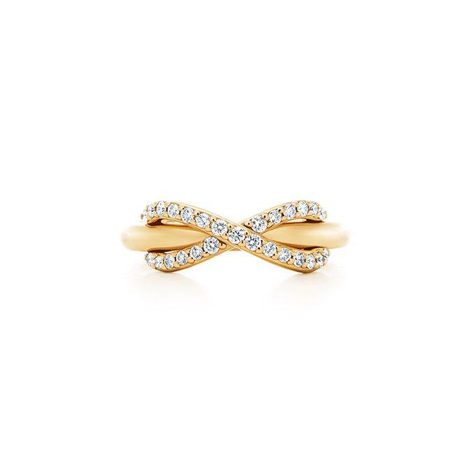 Tiffany Infinity 18K金鑲鑽戒指,85,000元。圖/Tiff...