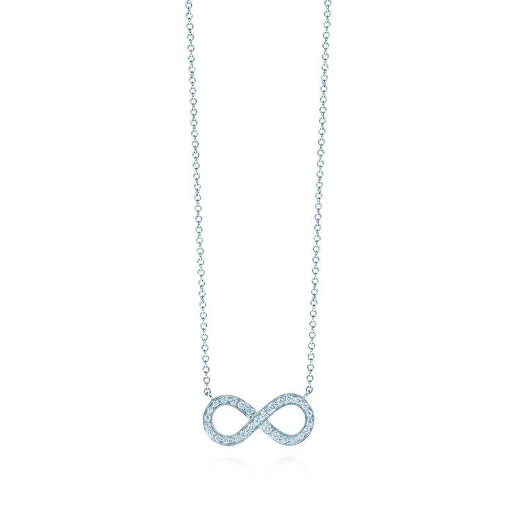 Tiffany Infinity鉑金鑲鑽項鍊,83,000元。圖/Tiffany...