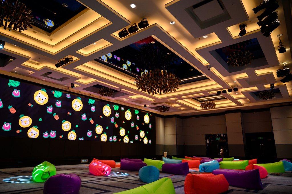 新竹喜來登「暑期親子電影院」每周五晚間,開放免費入場。圖/業者提供