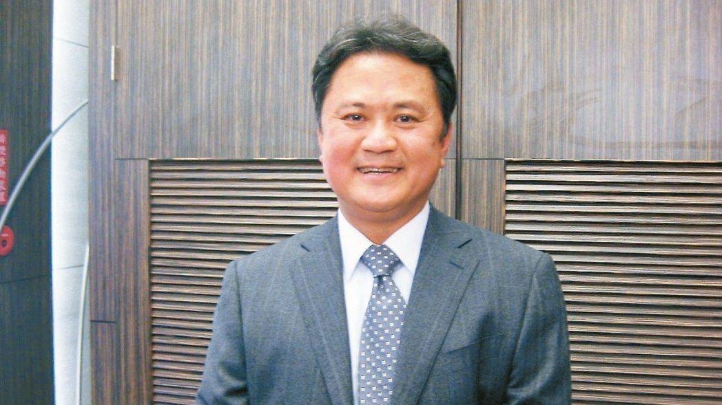 玉晶光董事長陳天慶。 報系資料庫