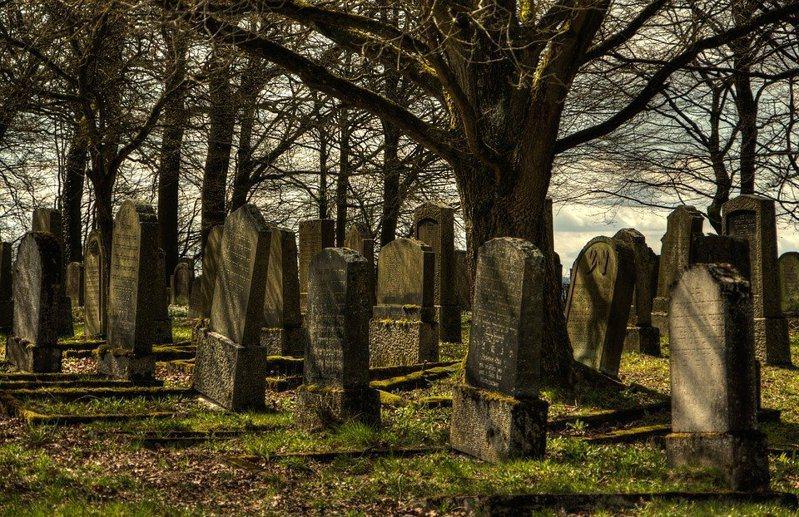 居民表示,這些死者都是男性,遺體被棄置在道路、橋下或空地,居民發現後將他們分批掩埋。圖為示意圖,圖/pixabay。