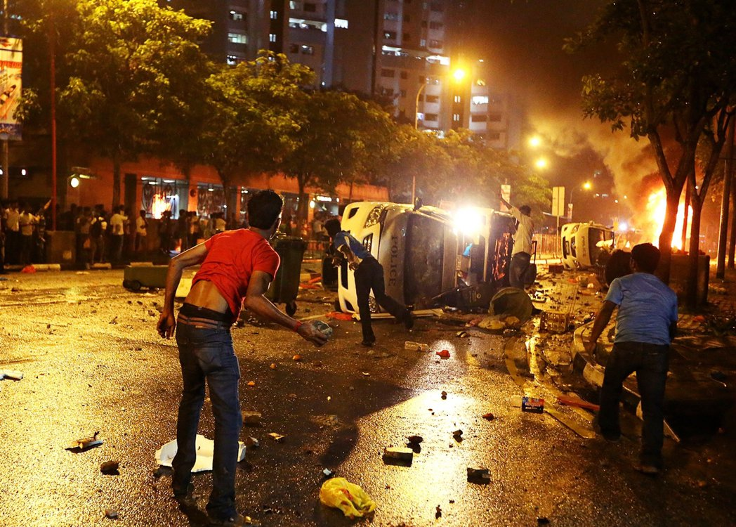 這也是新加坡獨立後,自1969年以來的第二起嚴重種族騷亂。 圖/法新社