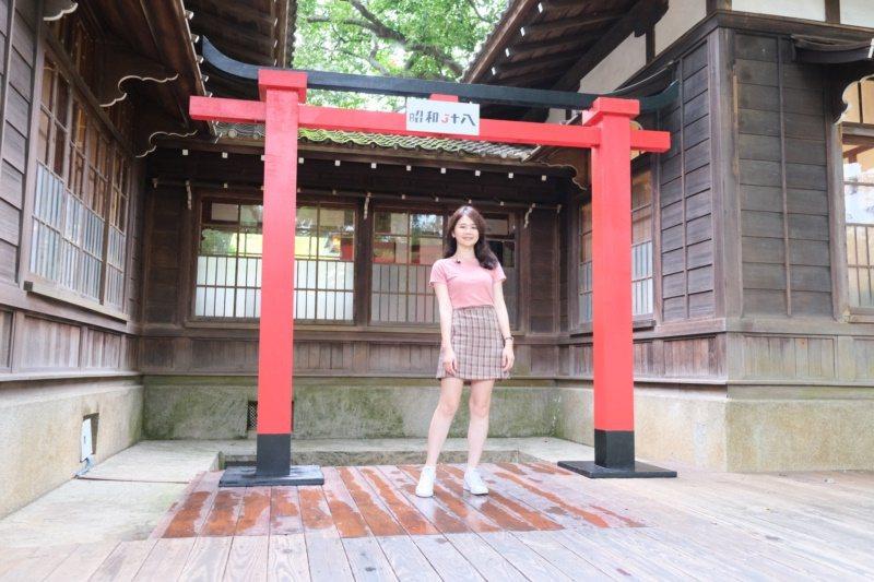 嘉義市史蹟資料館是隱藏在嘉義公園裡的神社咖啡廳,讓人彷彿置身日本京都。 圖/李承...