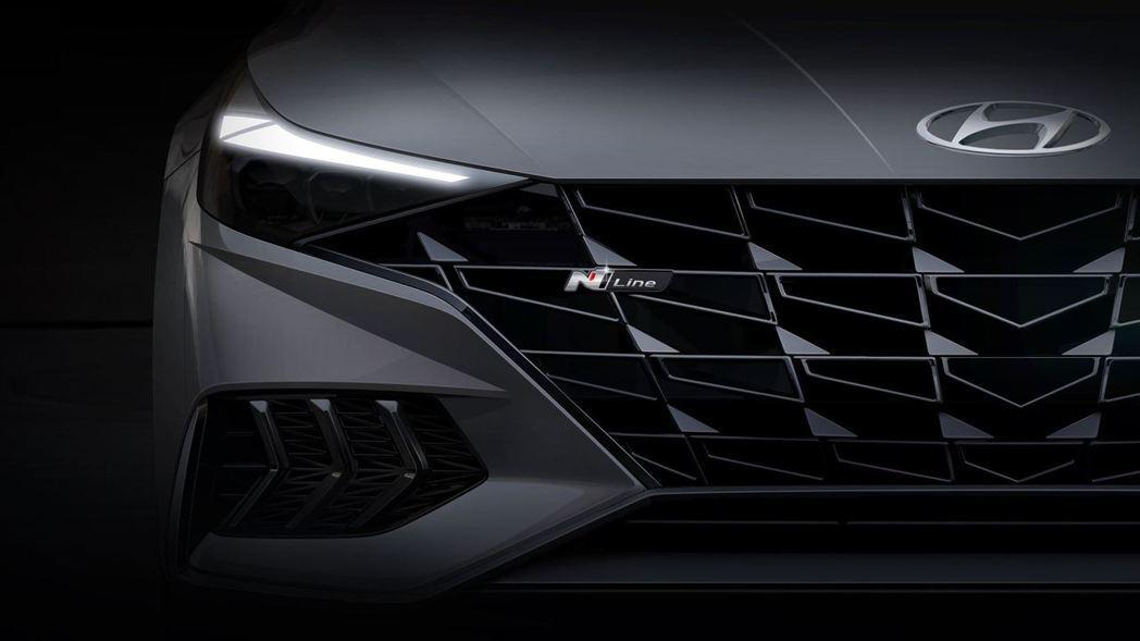 全新Hyundai Avante/Elantra N Line預告登場。 摘自H...