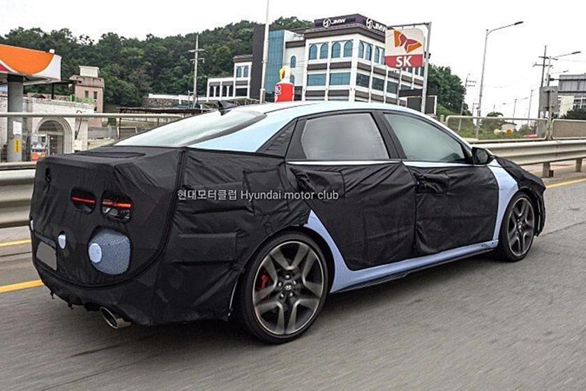 全新Hyundai Avante/Elantra N最大馬力將可達到275hp。...