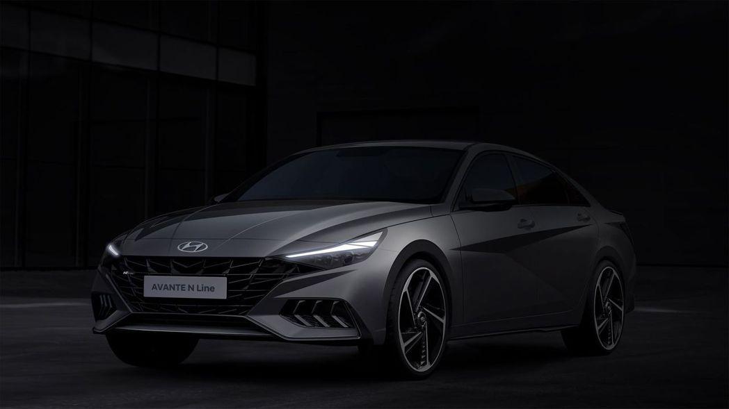 全新Hyundai Avante/Elantra N Line預告剪影照。 摘自...