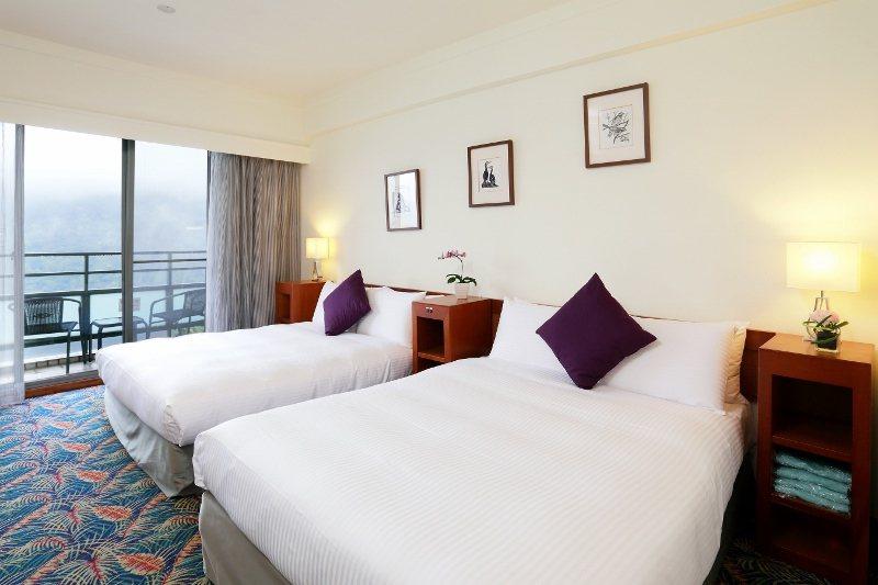 石門水庫福華渡假飯店的湖景雙人房。 業者/提供