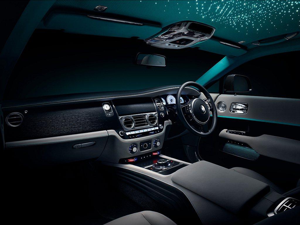 勞斯萊斯Wraith「隱匿之鑰」特別版車型將密碼作為設計項目貫穿車內,首次在藝術...