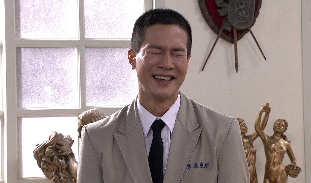 薛仕凌在「生生世世」中喜愛藝術。圖/台視提供