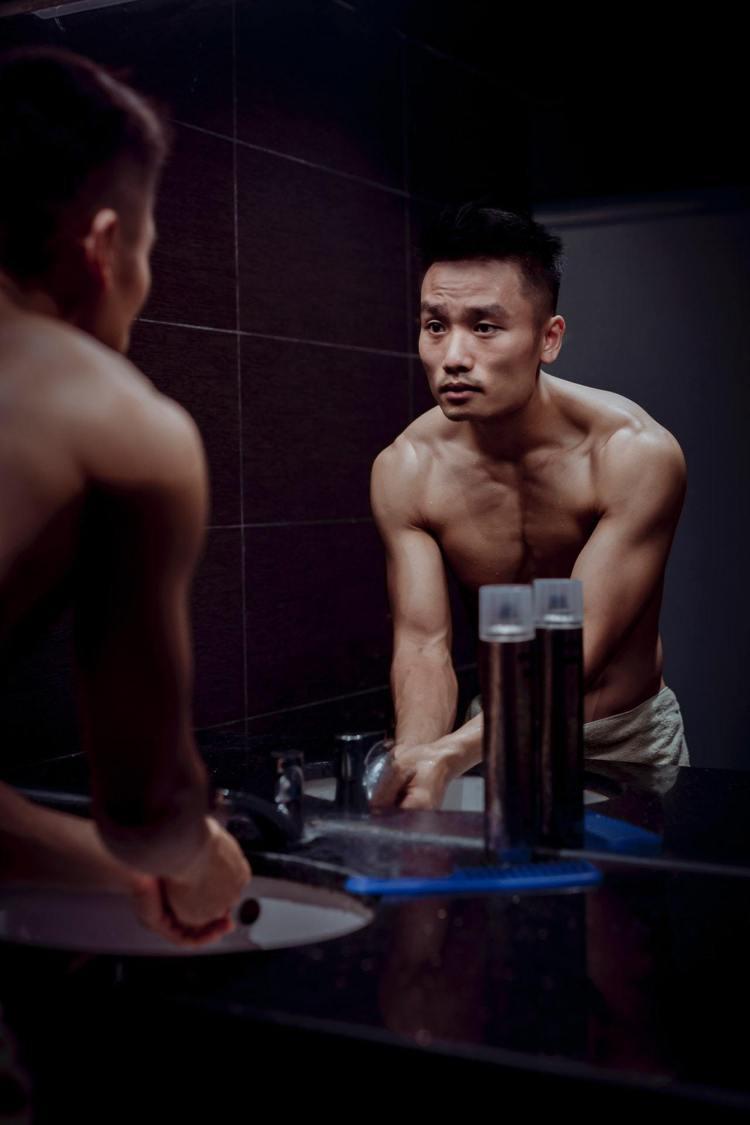 男人每天都要清潔臉部。圖/摘自Pelexs