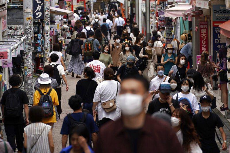 東京都今天新增新冠肺炎確診病例逾220例,單日新增確診病例創新高。 美聯社