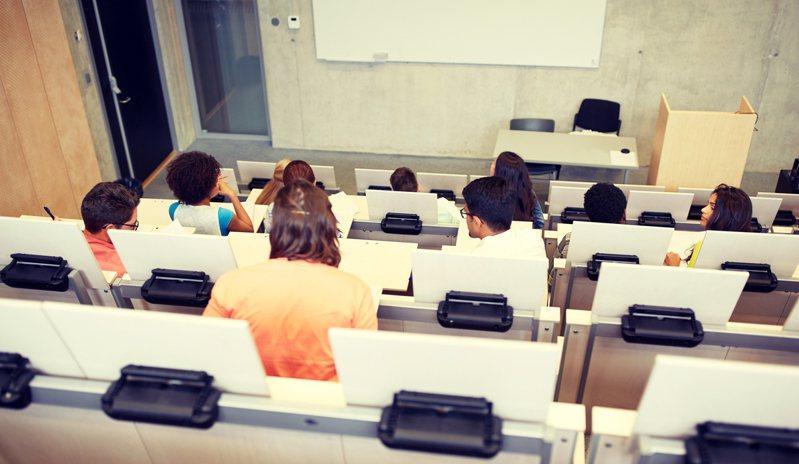 美國政府下令,大學院校秋季班若僅開設網路課程,校內國際學生不得留在美國。示意圖/Ingimage
